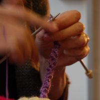 cropped-Amy-hands-knitting-1.jpg