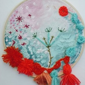 floral embroidery with 3D elements in hoop